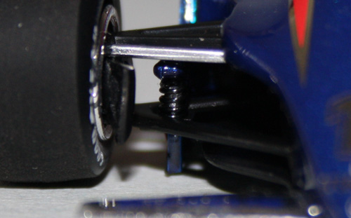 Minichamps have even modelled the small spings that the outer chassis used when under aerodynamic load