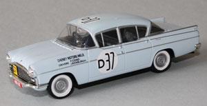 1960 Armstrong 500 winning Vauxhall Cresta of John Roxburgh/Frank Coad as modelled by Vanguards