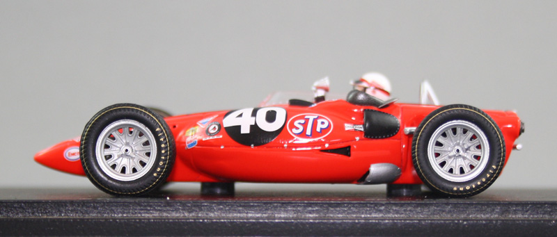Spark S2395 - STP-Paxton Turbocar (1967 Indy 500, Parnelli Jones)