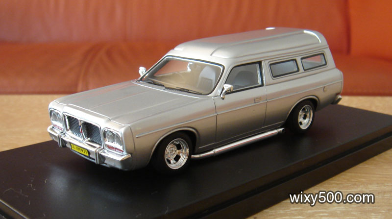 Chrysler Sports van in silver. Limited edition of just 100 pieces. Don't the mags and side pipes look great! Very 70s.