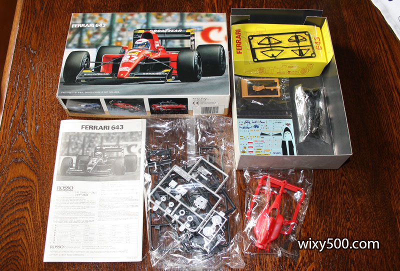 Contents of the Ferrari 643 kit by Rosso, 1:43 scale.
