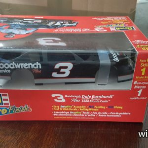 "Dale Earnhardt Chev Monte Carlo, 2000 ""Goodwrench"". 1/24 scale by Revell. Easy to build SanpTite kit, see HERE). $20."